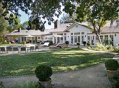 ranch style : Selena Gomez's house