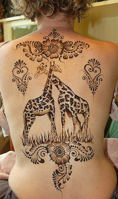 i love giraffes but i don't think i could commit to this, even though it's Henna
