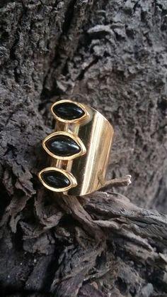 anillo oro goldfield con onix