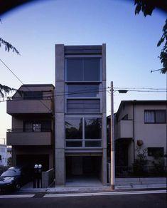 House in Higashinada / Waro Kishi