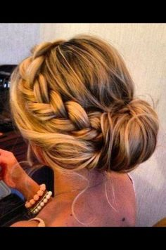 Pro stylist Loretta Plano shares her fave Instagram buns as options for Quinceanera hairstyles.