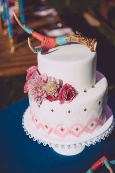 A girly cake with a rustic topper-- so cool! {A Charming Occasion}