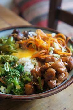 Gourmandises et Merveilles: Bibimbap coréen au poulet