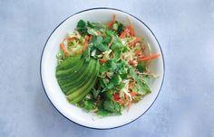 Asiatisk salat med kokos-peanutdressing - ChriChri