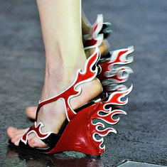 Prada heels from the 2012 Milan Spring show..  @Coley73: for Val!