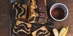 Wedden dat je punten scoort als je een plakje van deze overheerlijke cake serveert bij een kopje thee of koffie? Of als traktatie op je werk, tienuurtje voor de kids of toetje na het avondeten. Er is altijd een goed moment voor een plakje van dit lekkers! Dit heb je nodig (de cake is ongeveer…
