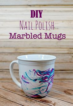 This DIY Nail Polish Marbled Mugs Craft is fun and easy to make to decorate your own kitchen or make as a teacher appreciation, birthday, Mother's Day or Easter gift! To make it extra special, fill with some fancy tea bags or a small package of your favor Kids Nail Polish, Nail Polish Crafts, Nail Art, Diy Becher, Diy Christmas Mugs, Mug Crafts, Kids Crafts, Easy Crafts, Diy Nagellack