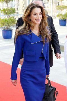 Kate, Letizia e Rania: abiti e look (quotidiani) delleprincipesse 2.0 - Stream24 - Il Sole 24 Ore