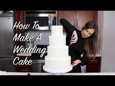 Making a wedding cake is a huge commitment! There are a few things you should consider before you decide to make your own! Cake Decorating Company, Creative Cake Decorating, Cake Decorating Tools, Cake Decorating Techniques, Creative Cakes, Decorating Ideas, Cake Portion Guide, Make Your Own Wedding Cakes, Making A Wedding Cake