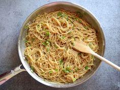 Mix Pasta and Sauce