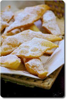 Frappe de Carnaval Mardi Gras Carnival, Carnival Food, Churros, Crepes, Recipe Database, Italian Cookies, Food Design, Panna Cotta, Nom Nom