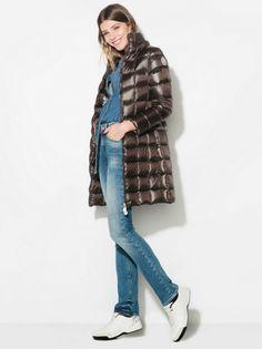 Varsator Astro Fashion, Winter Jackets, Winter Coats, Winter Vest Outfits