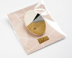 Oval N4 - Geometric Ceramic brooch | depeapa