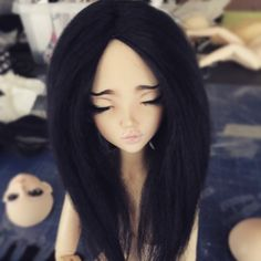 Oh man! Tarty is #rocking this solid black ramie wig  I believe I should make some more of these!   This was a custom order wig.  Solid black ramie with center part   #MonstroDesigns #bjd #abjd #msd #mnf #minifee #minifeechloe #sleepy #doll