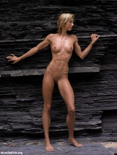 Nude Fitness Models and Female Muscle Girls : Photo