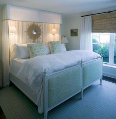 Love this guest room by Phoebe Howard. So comfy looking.