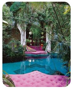 Swimming Pool: Liza Bruce's Moroccan Home Papyrus plants and rose geraniums surround a natural pool. Read more: Liza Bruce Decorates an Eclectic Home in Morocco - ELLE DECOR Outdoor Rooms, Outdoor Living, Outdoor Lounge, Beautiful Homes, Beautiful Places, House Beautiful, Lovely Things, My Pool, Pool Spa