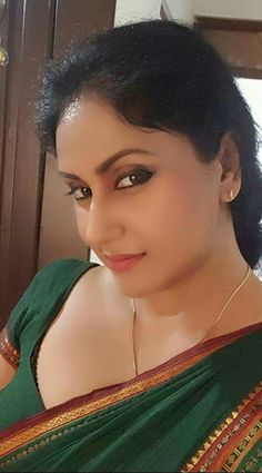 Motherfuckers welcome to a everything will make you upset kind of hell like I the one I've experienced before. Beautiful Women Over 40, Beautiful Girl Indian, Most Beautiful Indian Actress, Beautiful Girl Image, Indian Natural Beauty, Indian Beauty Saree, Beauty Full Girl, Beauty Women, Thing 1