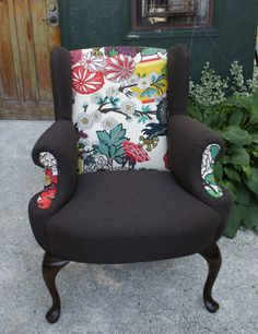 A beautiful chiang mail dragon chair by bespoke life upholstery!