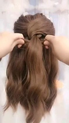 tips videos Elegant hairstyles Easy Hairstyles For Long Hair, Pretty Hairstyles, Girl Hairstyles, Braided Hairstyles, Casual Wedding Hairstyles, Easy Elegant Hairstyles, Half Up Hairstyles, Easy Hair Up, Pulled Back Hairstyles