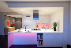 Кухни в стиле модерн или интерьер с мужским характером