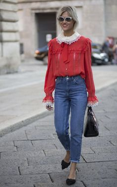 LOVE THIS LOOK! Amsterdam-based blogger Linda Tol looked positively romantic while doing the Milan SS16 show rounds