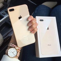 It seems that everyone has an iphone. The iphone has quickly become among the most widely-used pieces of technology, but using it sometimes can be quite tricky. Iphone 8 Plus, Iphone 10, Iphone Cover, Free Iphone, Coque Iphone, Apple Iphone, Coque Smartphone, Iphone Price, Accessoires Iphone