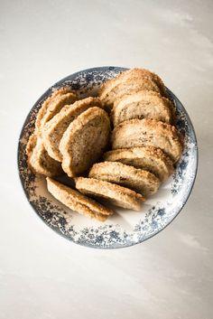 Vanilla and Earl Grey Tea Cookies. (Caster sugar: azúcar glas; demerara: azúcar moreno).