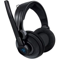 and its wireless how is it not the best? Razer Gaming, Gaming Headset, Best Headphones, Over Ear Headphones, Megalodon, Logitech, Games, Nerd