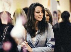 November 3, 2005 - Kate shopping at Spirit of Christmas event at the Olympia exhibition center in London