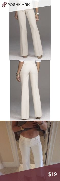 """Express Editor Pants These beauties are in perfect shape. Absolutely no flaws. Fitted along upper body with more of a straight leg bottom. Size 6 runs true to size please refer to all pics. Any questions please ask. For reference I am 5'9"""" Express Pants Wide Leg"""