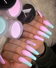 umgekehrte French Nails Top Knot - - New Ideas Burgendy Nails, Oxblood Nails, Magenta Nails, Mauve Nails, Maroon Nails, Rose Gold Nails, Neutral Nails, Green Nails, Nails Turquoise