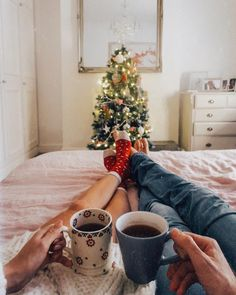 Christmas mood, Christmas spirit, festive, Christmas tree, couples , couples goals, love, happy feet