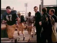 """Sean Astin protagoniza la película """"Rudy"""", que narra la historia de un joven que quiere jugar futbol americano con la Universidad de Notre Dame. ¿Lo logrará? Checa el tráiler aquí: https://www.youtube.com/watch?v=eDKOlH0I0nQ"""