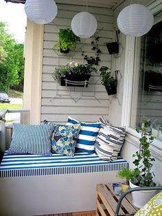 Mini bench for small balcony Tiny Balcony, Outdoor Balcony, Outdoor Spaces, Balcony Ideas, Small Balconies, Apartment Balconies, Small Patio, Lounge Areas, Dream Decor