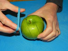 For apple slices on the go: cut around the core, then hold together with an elastic so it doesn't brown!