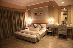 Book Capital O 1399 Hotel Yuvraj Palace, Ranchi online @ with free cancellation. ✔Lowest price on hotel bookings ✔Deal and ✔Discounts Stay Cool, Best Budget, Best Location, Ranch, Budget Hotels, Bed, Furniture, Awesome, Home Decor