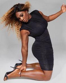 Serena Williams Stuns In Skin-Tight Black Dress Showing Killer Body Serena Williams Bikini, Serena Williams Photos, Venus And Serena Williams, Reddish Blonde Hair, Dope Swag Outfits, White Tennis Skirt, Killer Body, Celebs, Celebrities