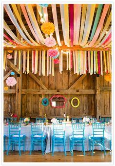 colorful barn #Wedding Photos #Wedding Ideas| http://weddingmemorabilia.blogspot.com