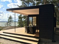 Portable Steam Sauna - We Answer All Your Questions! Container Home Designs, Rest House, Tiny House, Modern Saunas, Sauna House, Sauna Design, Outdoor Sauna, Black House Exterior, Modern Shed