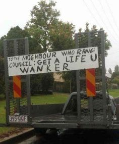 The Love Thy Neighbour. | 47 Signs You'll Only See In Australia