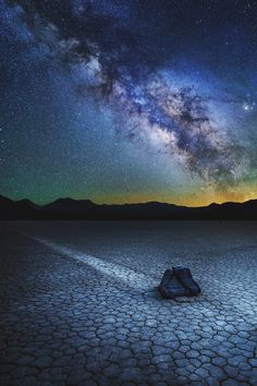Milky way lit up the night at the races in Death Valley California, USA Milky Way Photography, Night Photography, Nature Photography, Travel Photography, Cosmos, Death Valley California, California Usa, Cool Pictures, Beautiful Pictures