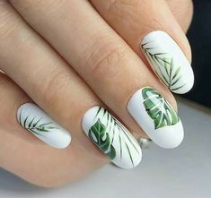 Nail art Christmas - the festive spirit on the nails. Over 70 creative ideas and tutorials - My Nails White Acrylic Nails, White Nails, Nagellack Trends, Dream Nails, Perfect Nails, Trendy Nails, Toe Nails, Nails Inspiration, Beauty Nails