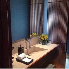 """16 curtidas, 1 comentários - RAP Arquitetura e Interiores (@raparquitetura) no Instagram: """"Amamos esse lavabo! @anaveirano @aleriera10"""""""