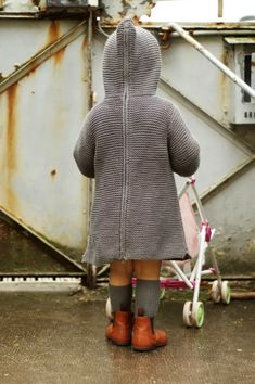 Oh no, mummy! These are not the right boots to jump in puddles! * Miniprune is wearing a burnou and socks by Bonpoint + boots. Knitting For Kids, Sewing For Kids, Baby Knitting, Little Girl Fashion, Kids Fashion, Toddler Outfits, Kids Outfits, Baby Mine, Precious Children