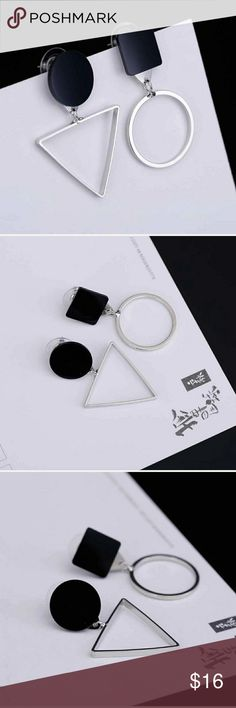5 for $25 Silver Metal Triangle Circle Earrings Silver color earrings Jewelry Earrings