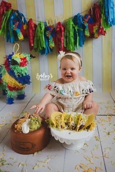 Baby's Epic 'Taco Smash' First Birthday Photos Win the Internet - Geburtstag Birthday Cake Smash, First Birthday Cakes, Girl First Birthday, Baby Birthday, First Birthday Parties, First Birthdays, 1 Year Old Birthday Party, Kid Parties, Birthday Gifts