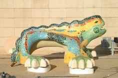 Reproducción del dragón del parque Güell a 4m de largo para evento de L'Oreal. www.eliasalvarez.com