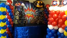 Batman Spiderman Buildings Superhero Balloon Columns Red blue White Black Yellow Give us a LIKE on our page to find more party ideas! Superhero Balloons, Superhero Backdrop, Superhero Party Decorations, Balloon Decorations, Balloon Columns, Balloon Arch, Batman Spiderman, Superman, Cupcake Shops