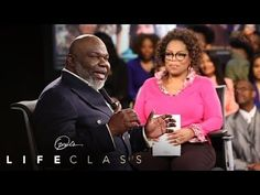 In your career, how much of what you do depends on training and how much on your gut decisions? According to Bishop T. Jakes, instinct trumps intellect, and those who make choices based on instinct will always be natural business leaders. Bishop Td Jakes, Follow Your Instinct, Hack My Life, Oprah Winfrey Network, Words Of Affirmation, Career Planning, Strong Relationship, Great Videos, Word Of God